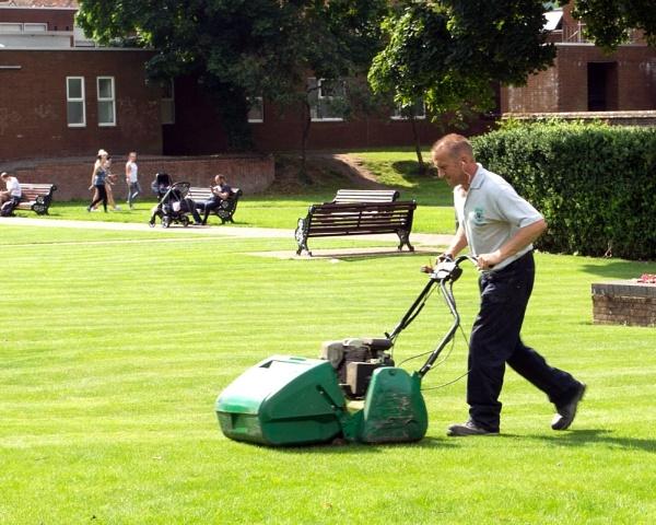 """09-08-12 \""""Lawnmower Man.\"""" by Jestertheclown"""