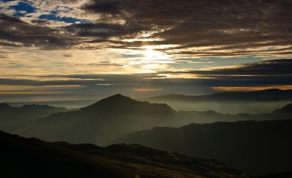 Misty sunset by BigE