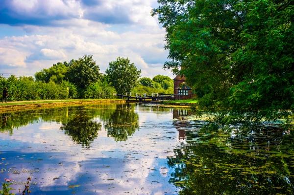 A walk along the canal. by swiftflo