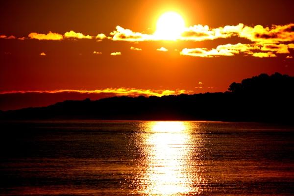 beautiful sunrise by blkwolf007