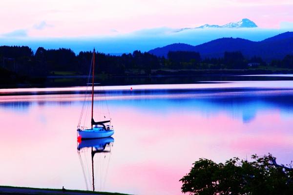 Sunrise at Lake Te Anau by AndyBee