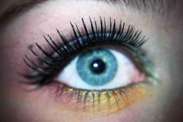 Colourful Eye by bronwen1997