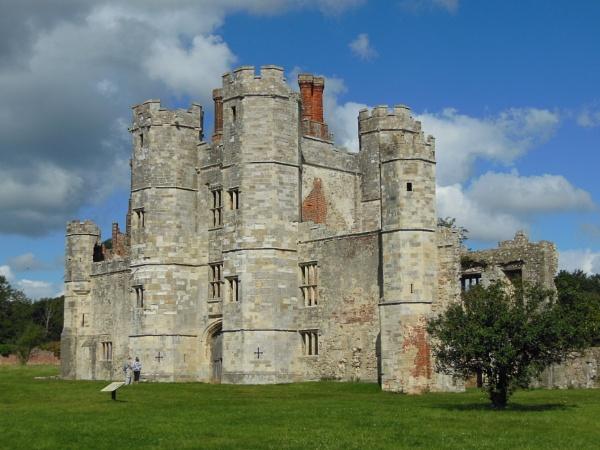 Titchfield Abbey by sapphy