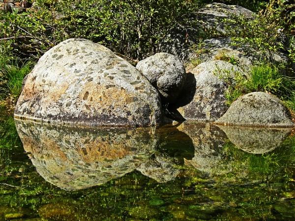 Boulders by notsuigeneris
