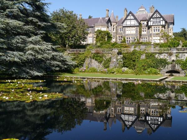 Bodnant Gardens, North Wales. UK by Artgecko