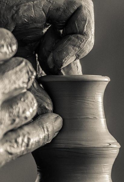 Romanian pottery by razvanesqu