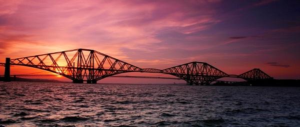 The Forth bridge by Eckyboy