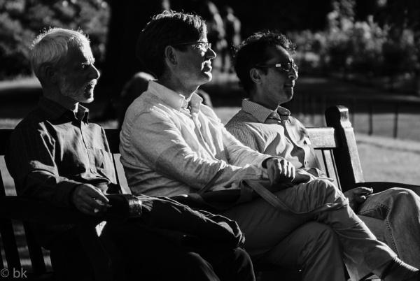 Three men musing / Edinburgh by B_Real
