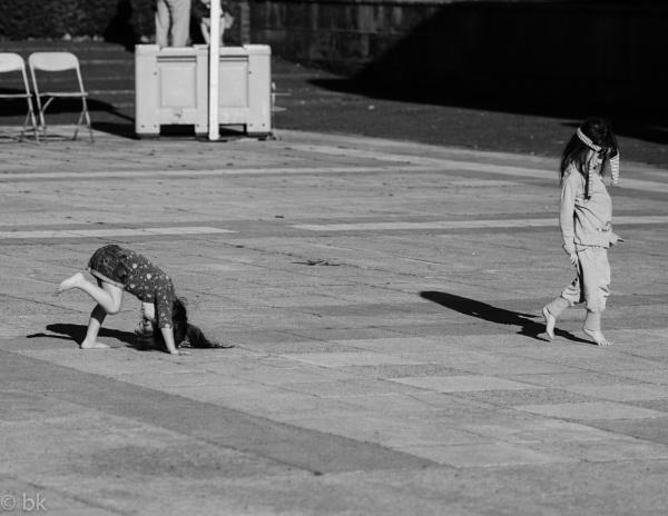 Two little girls dancing / Edinburgh by B_Real