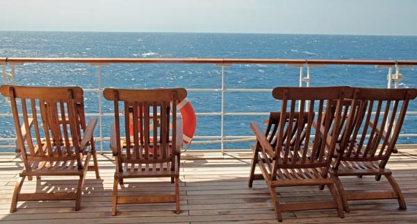 Mid Ocean Seating by Dokta