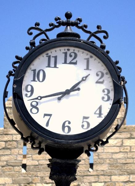 1342 Baku time by Kochalskim