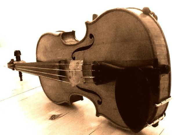 Violin by Manni1996