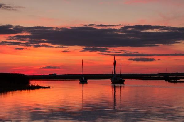 Brancaster Sunset by mlanda