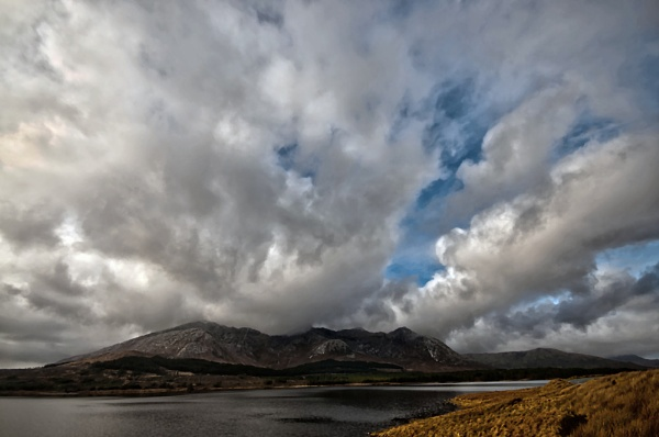 Connemara HDR by cmg2000