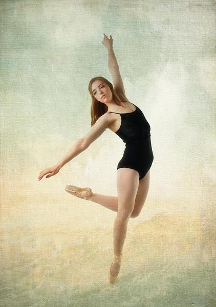 Ballet dancer by Nick_Hilton