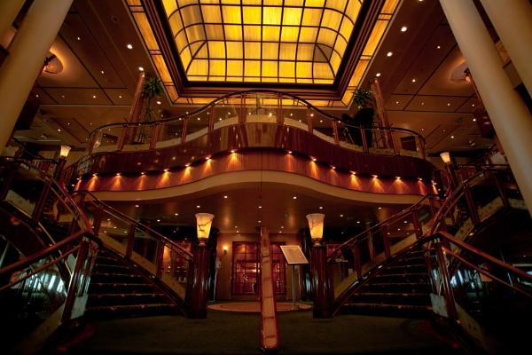 QM2 Britannia Restaurant Staircase by Dokta