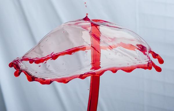 Water Balloon by mediaman