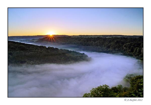 sunrise at symonds yat by zapar40