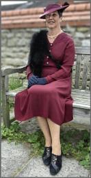 1940s Lady