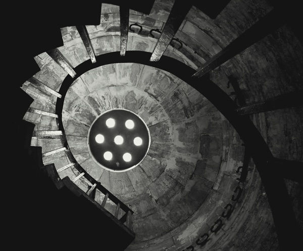 Hurst Castle Spiral by iscramble