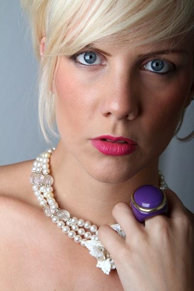 Laura Amy White by joshwa