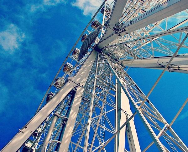 Torquay Wheel by KarenFB