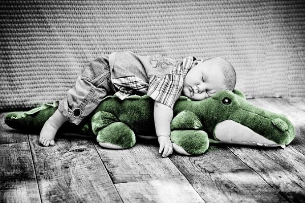 Sleeping baby by EwaG