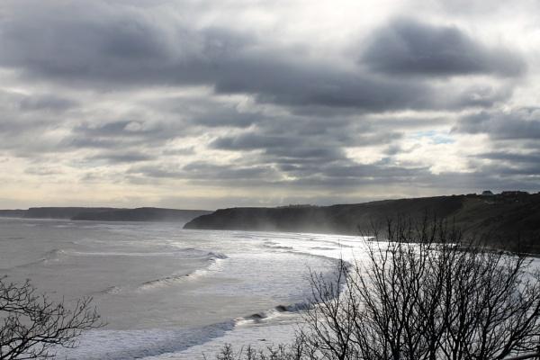 winter clouds by loobylyn