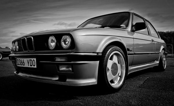 oldschool 3-series BMW by davidburleson