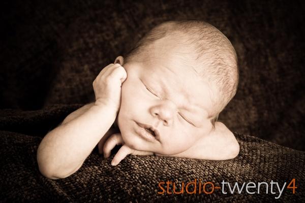 Sleepy Head! by studiotwenty4