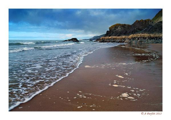 tresaith beach by zapar40