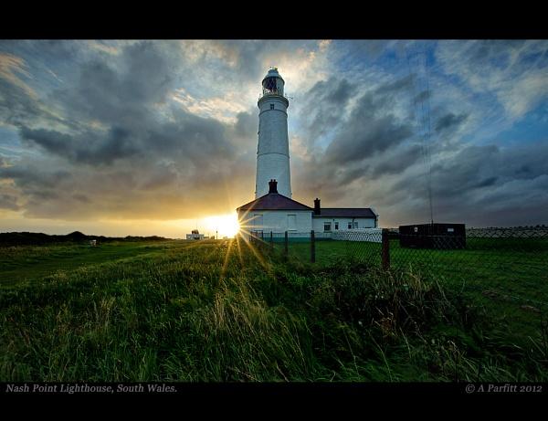 sunny nash lighthouse by zapar40