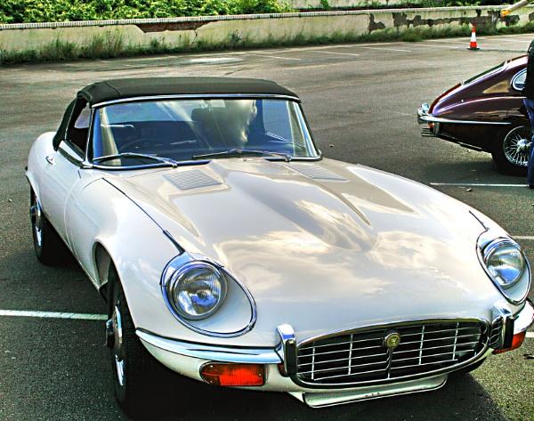 E-Type Jaguar by m4rtys