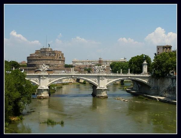 Swimming The Tiber