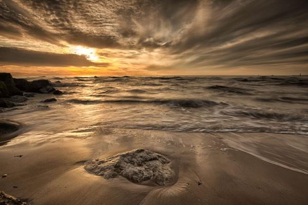 "\""GOLDEN SUNSET\"" (Light Kissing The Rocks) by razorraymac"