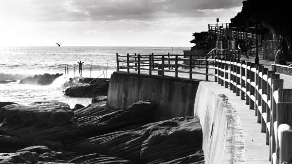 Morning swim at Bronte by Pentaxhugh