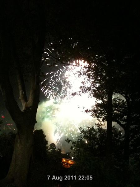 Fireworks in Niagara Falls by maryspics