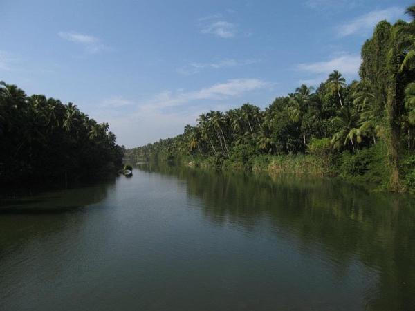 neverending river in Munchirai by apurik_parv
