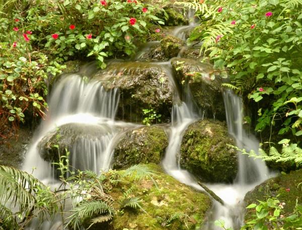 Waterfalls by kl0verleaf