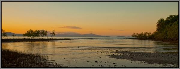 Port Douglas Sunset by davart