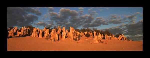 Pinnacles desert Western Australia by katep1