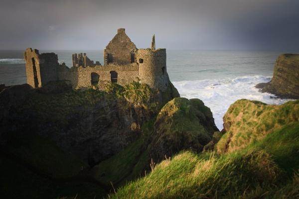 Dunluce Castle by elainecookstown