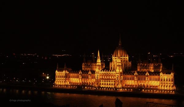 Parliament of Budapest by kumarav23