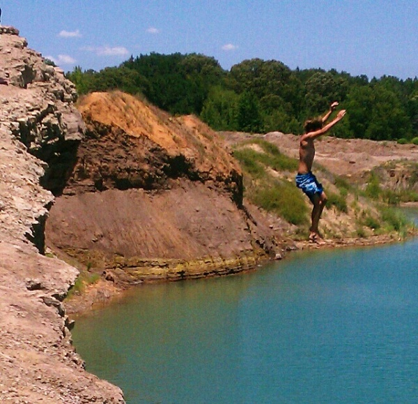 Cliff jumping by texaslady_40