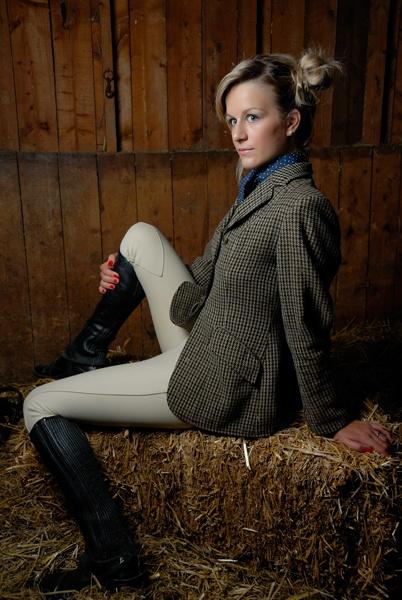 Equestrian Ms Dee by miptog