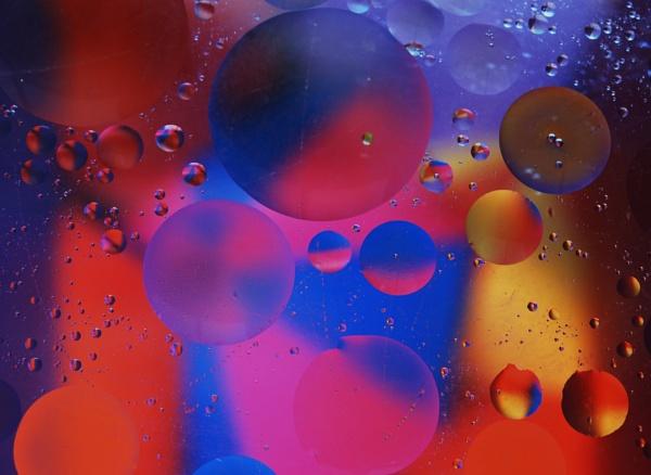Oily bubbles by jinglis