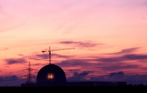 Nuclear Dawn by Alanup