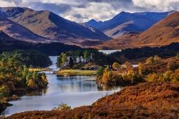 Autumn meets Glen Affric