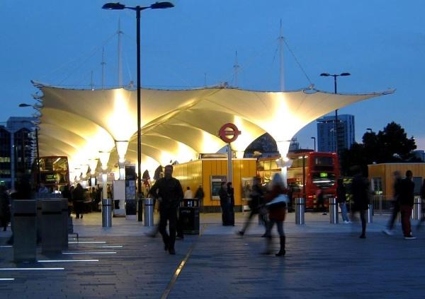 Stratford Bus Station by RysiekJan