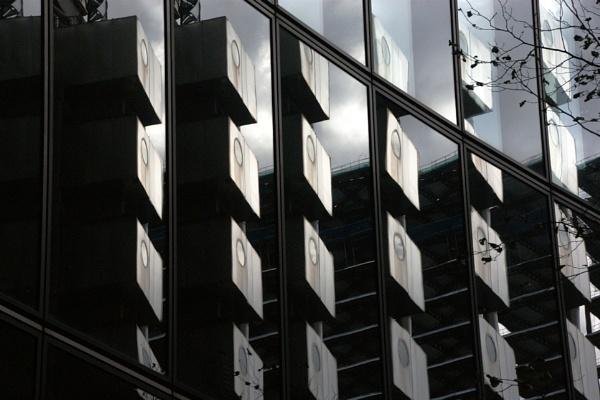 Lloyds of London by jinstone